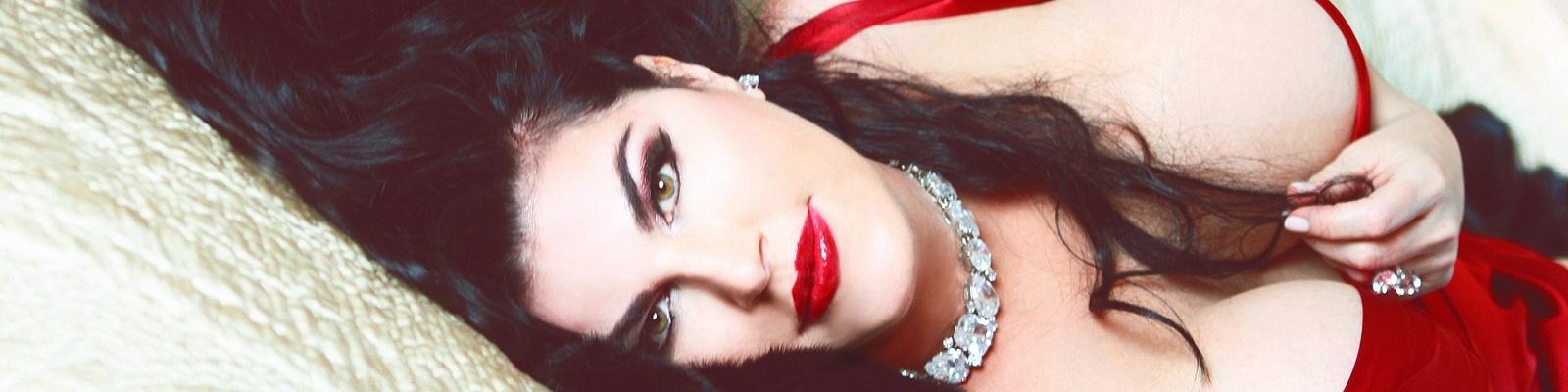 Isabella Fiori's Cover Photo
