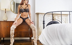 Samantha Killington Escort
