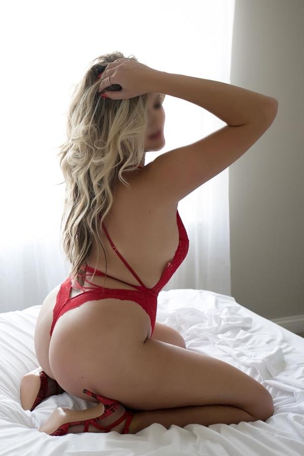 AdrianaVoss