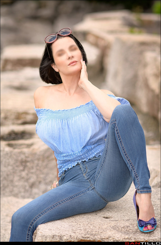 Sara Charles