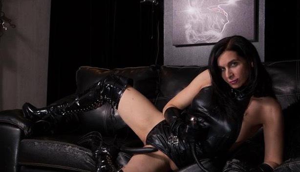 Mistress Zee