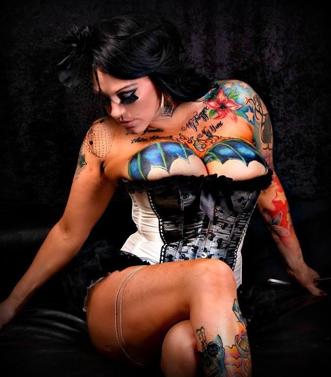 Ms Lisa Love
