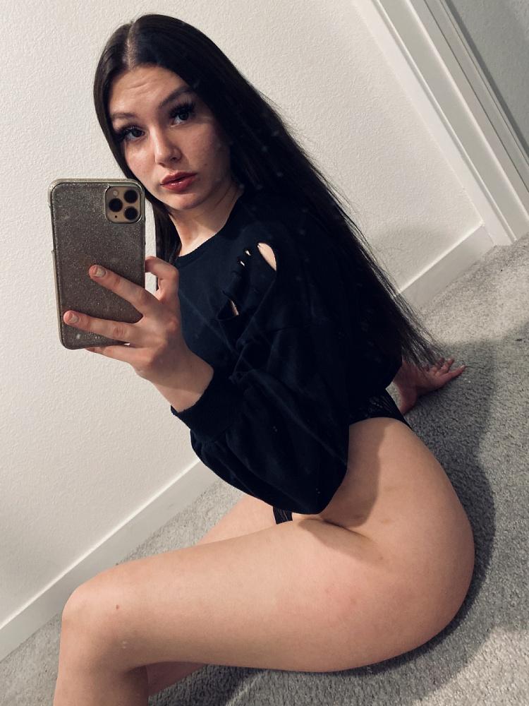 Jasmine Lovee