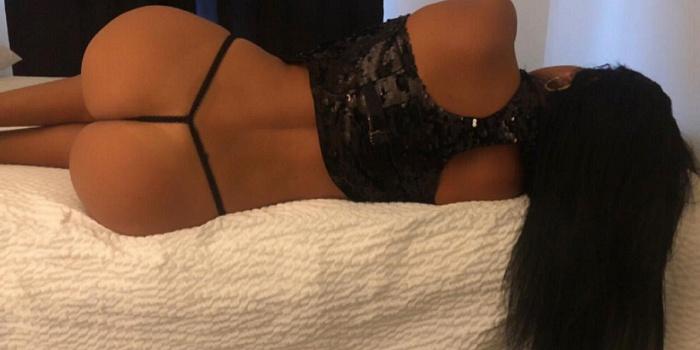 Luana Duarte's Cover Photo