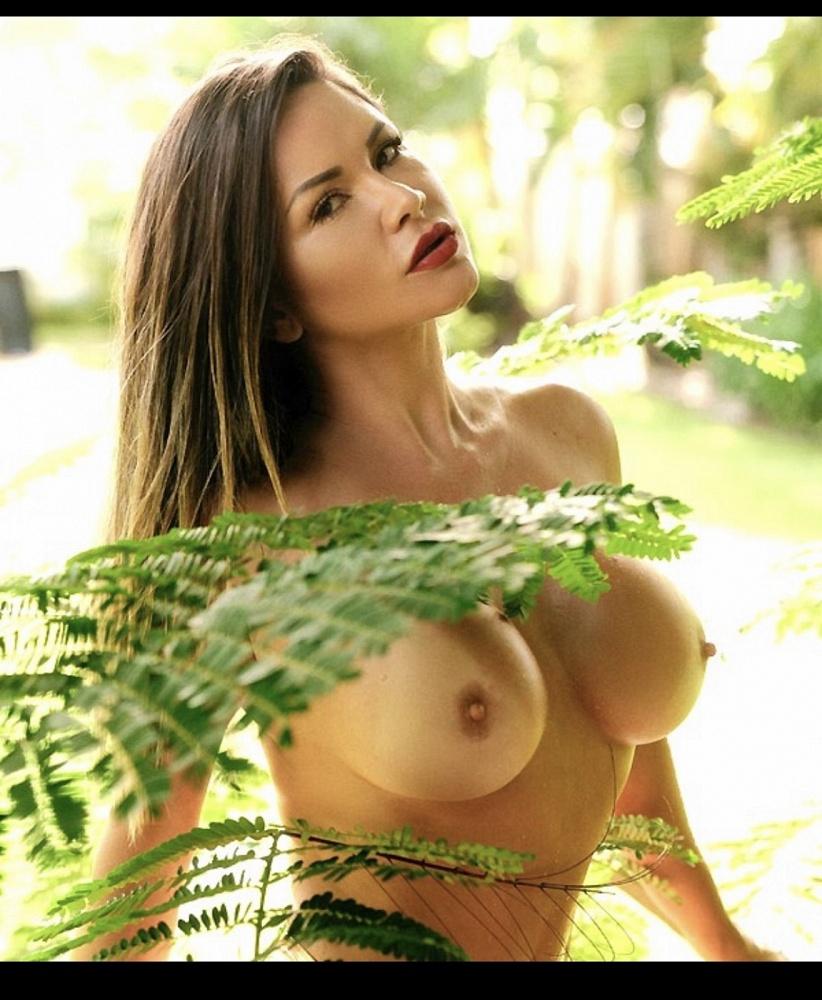 Anna Prado Brazil