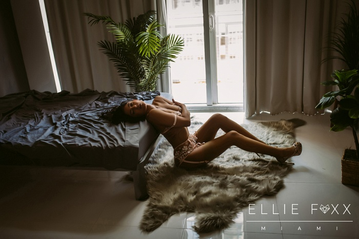 Ellie Foxx