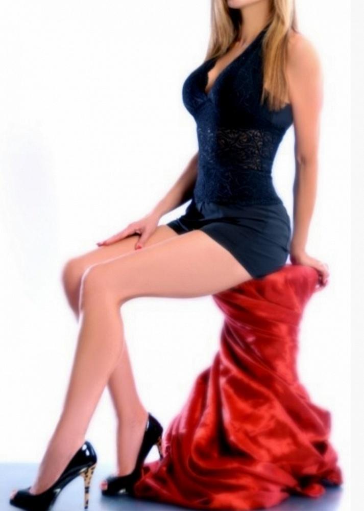 Nicolette Worthington
