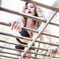 Mistress Kayla Escort