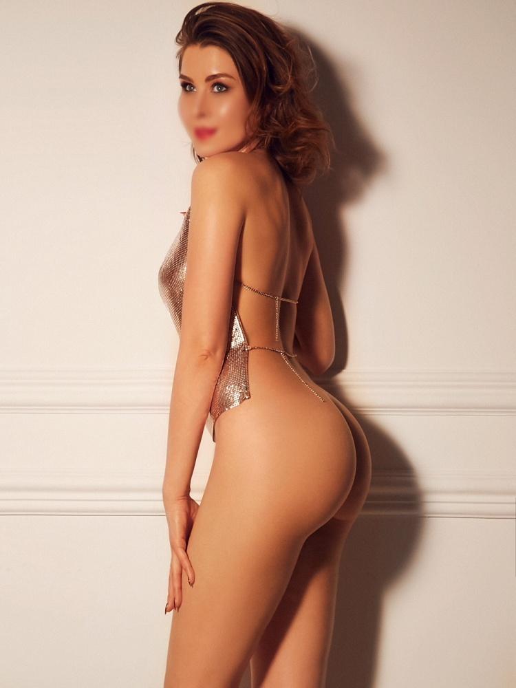 Nina Lo