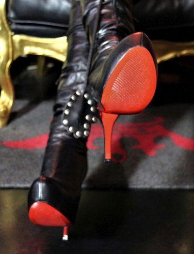 Mistress Milano Bondage