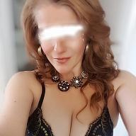 Claire Olivia Knight