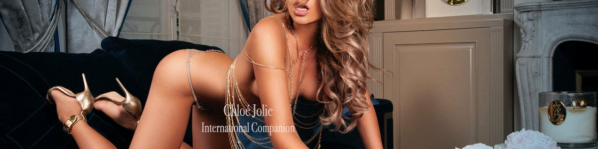 Chloé Jolie's Cover Photo